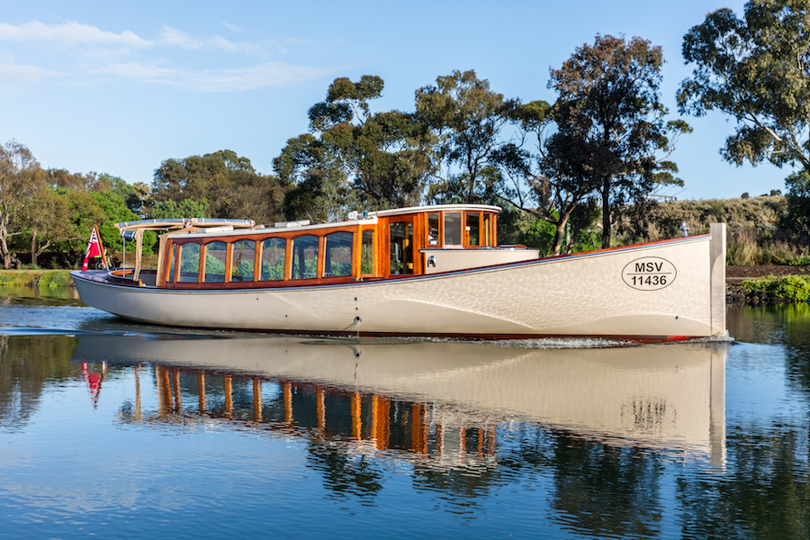 Self-drive vessels for river boat trips in Melbourne