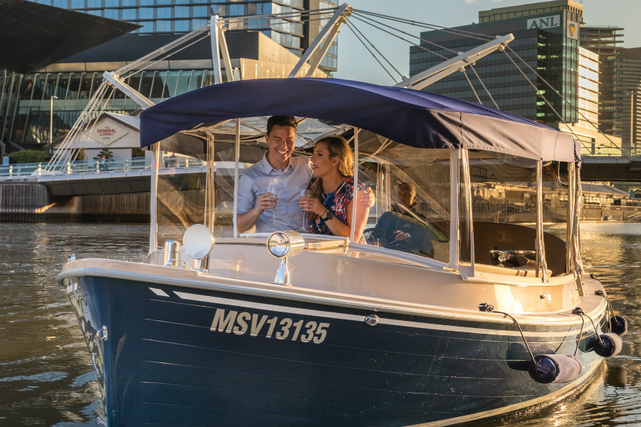 skippered private cruises for valentines day date ides