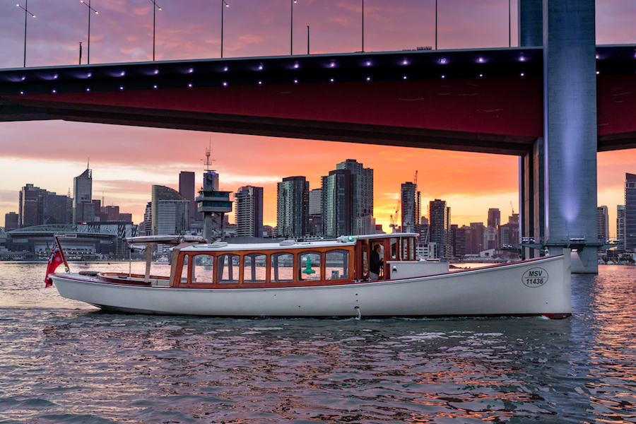 Boat charters and day trips on yarra river