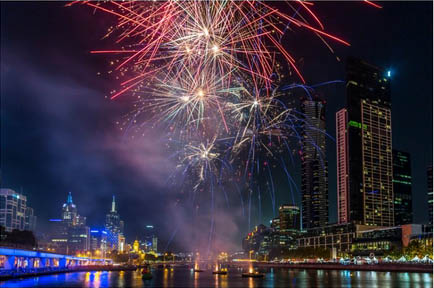 luxuriously appointed private boat charter, new years even melbourne