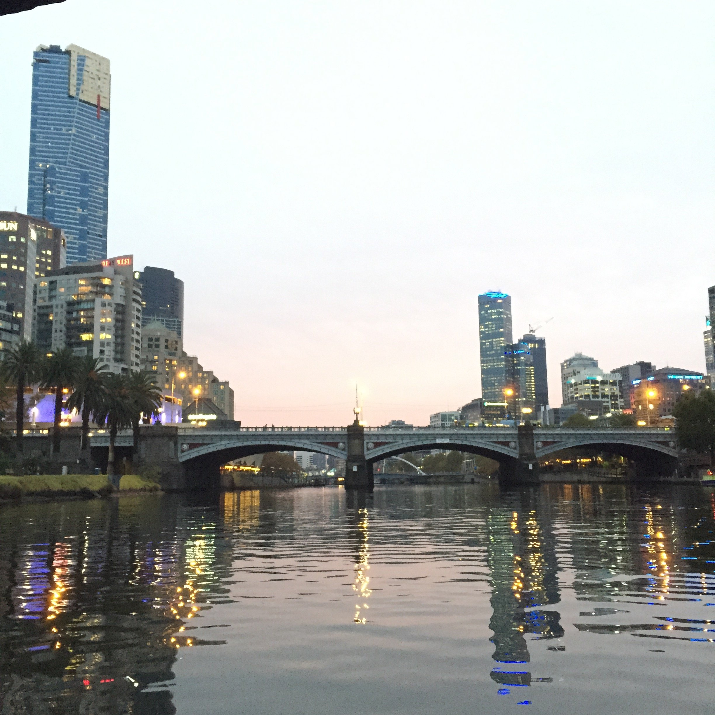 1hr Luxury Yarra River Cruise With Melbourne Boat Hire