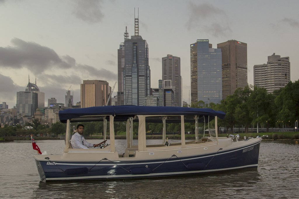 Hens Night Cruises On The Yarra River In Melbourne Luxury Cruise Boat Hire For Pre Wedding