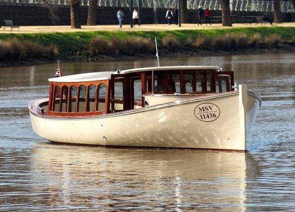 Luxury Private Charter Boat Melbourne Birrarung