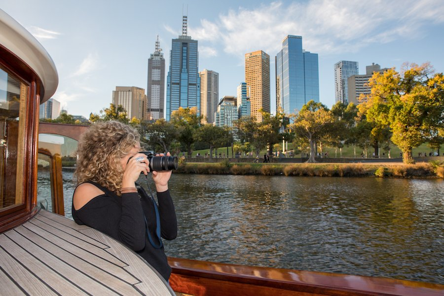 make reservations for 3 hour photography yarra river cruise
