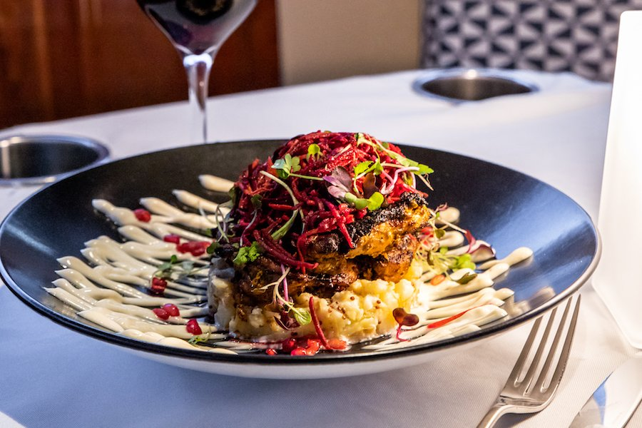 decadent dining on a private luxury dinner cruise in melbourne