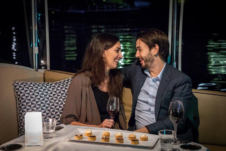 romantic-dinner-cruise-at-melbourne
