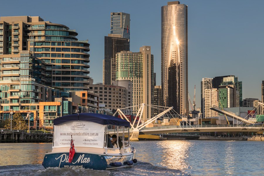 skippered boat cruises yarra river