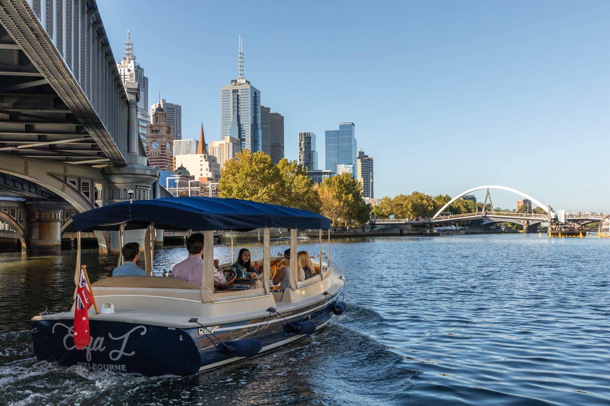 Self Drive Boat Hire Melbourne | Self Drive Luxury Boat Hire