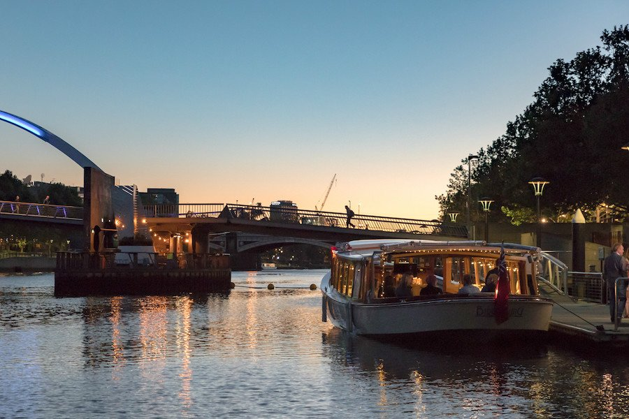 perfect way to celebrate australia day- take a luxury boat cruise