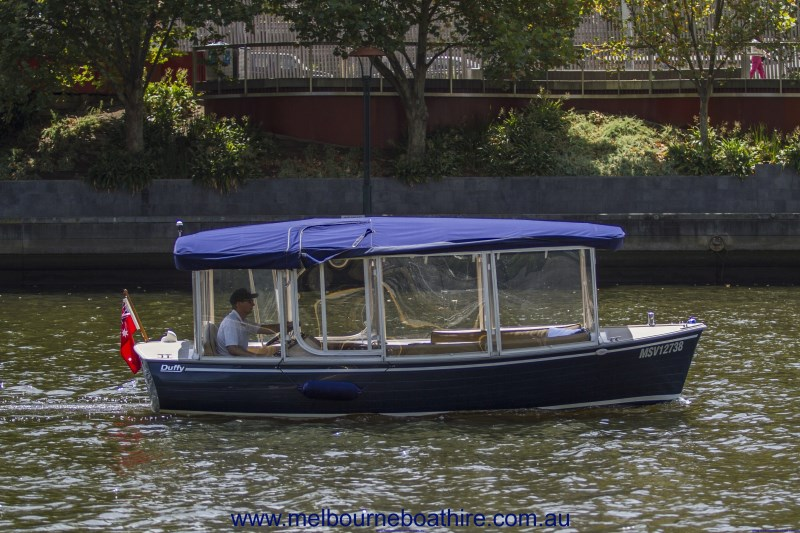Melbourne Boat Hire luxury self-drive boat hire