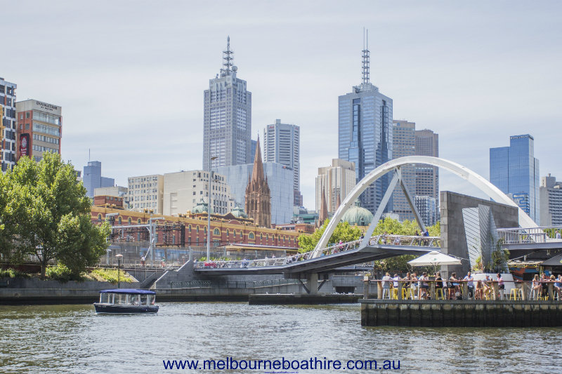 Melbourne Boat Hire - Private Skippered Cruises