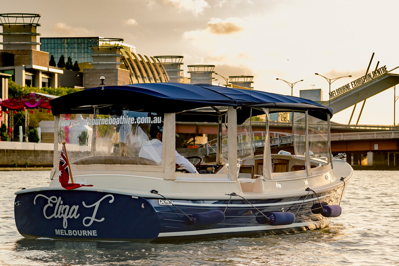 Self-drive boat hire, Melbourne for hassle-free cruising and exploring of the city's rivers
