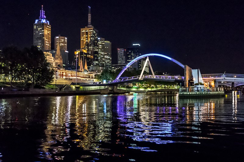 luxury cruise boats for river trips in Melbourne