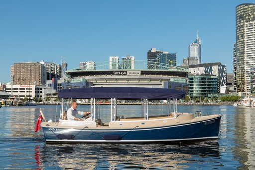 yarra river cruises with skipper and catering for 12 passengers
